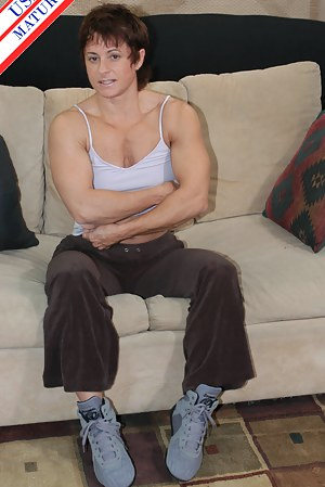 Muscle Moms Porn Pictures